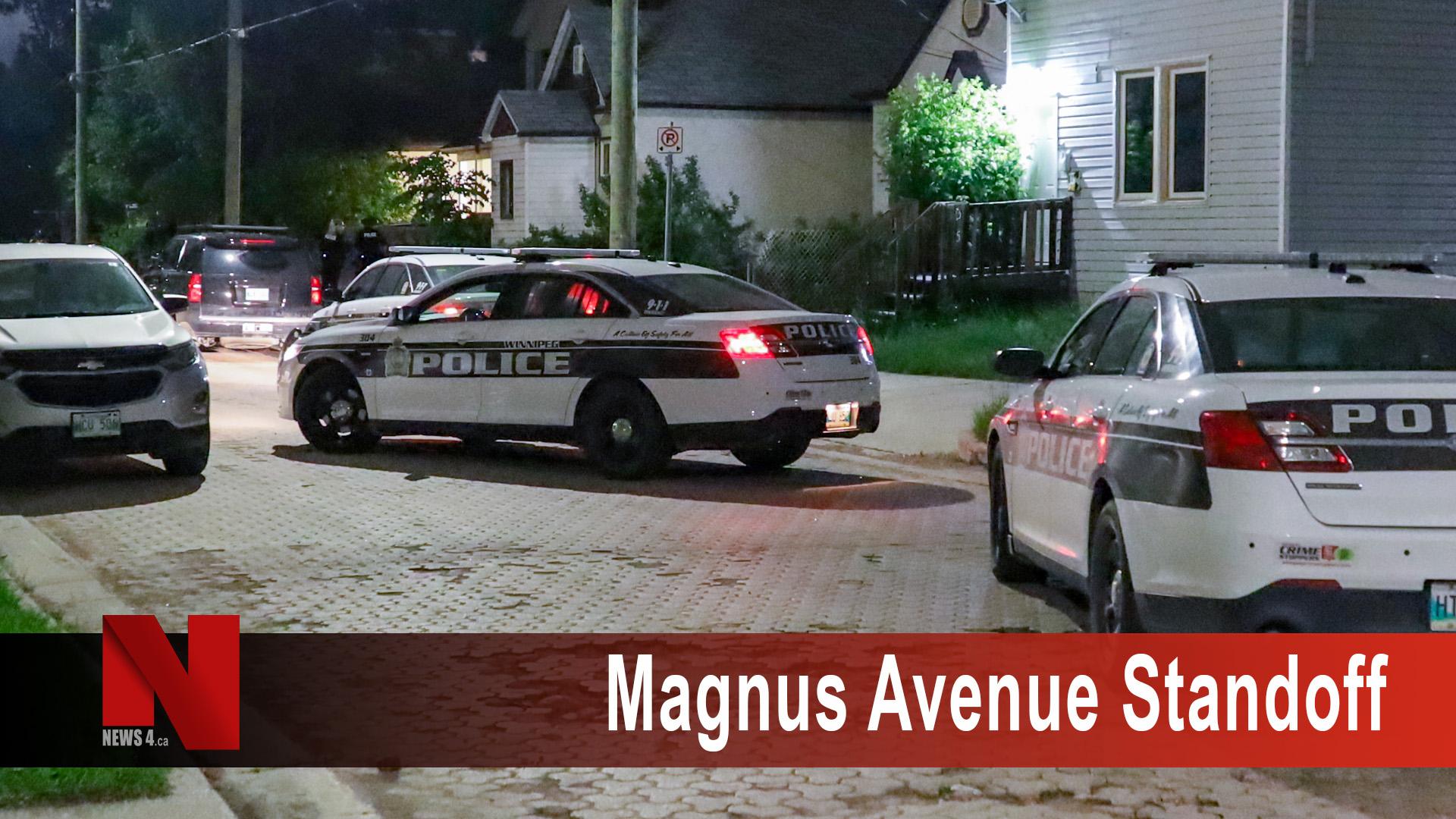 Magnus Aveenue Standoff